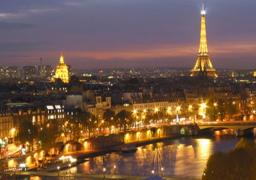 فرنسا تتراجع عن رفع أسعار الكهرباء وتخسر المليارات