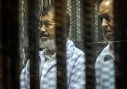 """تأجيل محاكمة مرسي و 130 آخرين في قضية """"وادي النطرون"""" إلى 18 أكتوبر"""