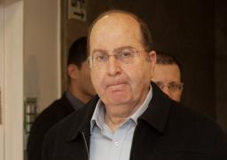 وزير الدفاع الإسرائيلي يتعهد بشرعنة نقطة استيطانية عشوائية مقابل إخلاء أخري