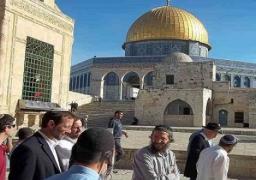 """عباس: إغلاق """"الأقصى"""" بمثابة إعلان حرب على الشعب الفلسطيني"""