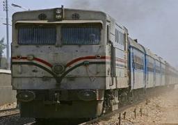 توقف حركة القطارات إثر العثور على قنبلة بشريط السكة الحديد بالمنيا