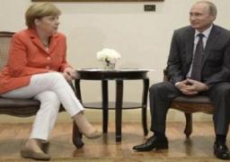 وكالة: بوتين يعتزم الاجتماع مع ميركل على هامش قمة العشرين