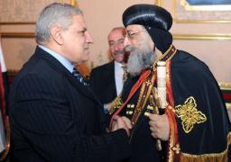 رئيس الوزراء يشارك في احتفالات عيد الميلاد بالكاتدرائية