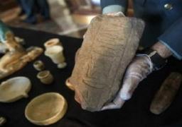 مصر تثبت أحقيتها لاسترداد 36 قطعة أثرية هرّبت إلى اسبانيا