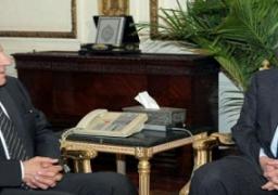 محلب يلتقي وزير الداخلية لبحث الوضع الأمني