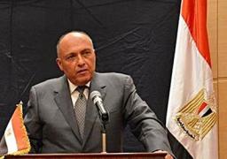 سامح شكرى يغادر إلى روما للتباحث حول تطورات الشأن الليبى