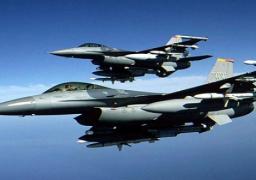 سي إن إن: احتكاك بين مروحية أمريكية و طائرة إيرانية خلال مراقبة للحوثيين