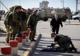 استشهاد فلسطيني بعد طعنه جنديا اسرائيليا في الضفة الغربية المحتلة