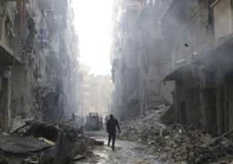 المرصد السورى : مقاتلو المعارضة يقصفون قرية بالغاز وإصابة 21 مدنيا
