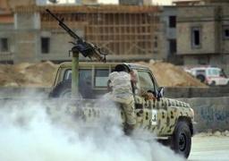تبادل كثيف لإطلاق النار بين جماعتين مسلحتين بطرابلس