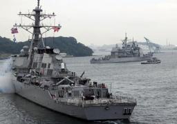 مواجهة متوترة بين مدمرة صاروخية أمريكية وسفينة إيرانية