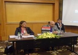 سحر نصر ومهاب مميش يصلان العاصمة الفيتنامية هانوى للترويج للاستثمار فى مصر