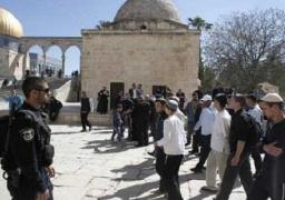 شرطة الاحتلال الإسرائيلى تقتحم مصلى باب الرحمة فى الأقصى