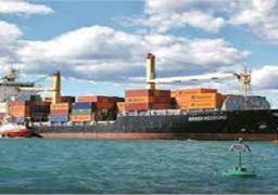 عبور 52 سفينة قناة السويس بحمولات 3.4 مليون طن