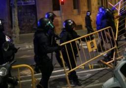 إصابة 11 شرطيا بينهم 2 فى حالة خطرة فى محاولة هروب جماعى من معتقل بإسبانيا