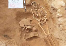 """الكشف عن مجموعة من القطع الأثرية في"""" تبة مطوح"""" بالاسكندرية"""
