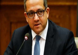 """""""العناني"""" يدعو الفرنسيين لزيارة مصر للاستمتاع بمشاهدة الحضارة العريقة"""