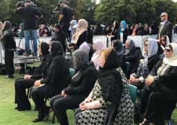 """رئيسة وزراء نيوزيلندا تشكر """"مكرم"""" على دعم أسر شهداء حادث المسجدين"""