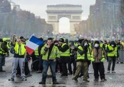 منع السترات الصفراء من التظاهر السبت بمنطقة الشانزليزيه في باريس