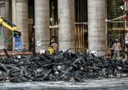 """وزير الثقافة الفرنسي يتفقد كاتدرائية """"نوتردام"""" للوقوف على حجم الأضرار"""