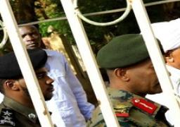 البشير يحضر محاكمته للمرة الأولى وسط إجراءات أمنية مشددة