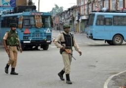 الهند تعلن تخفيف بعض القيود في كشمير