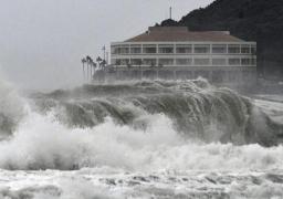 """اليابان: أرتفاع حصيلة ضحايا العاصفة """"كروسا"""" إلى قتيلين و49 مصابا"""