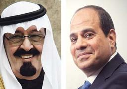 العاهل السعودي يصل في التاسعة والنصف.. والسيسي ومحلب والسفير السعودى في استقباله بالمطار