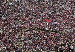 الضابط منقذ فتاة التحرير: انقذتها ودافعت عنها قرابة ساعة ونصف
