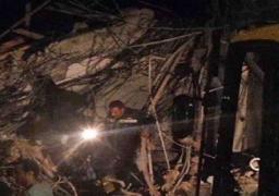حالتا وفاة والبحث عن 4 تحت الأنقاض في انهيار مصنع العبور