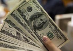 العملة الروسية تواصل تراجعها الى مستويات قياسية امام الدولار