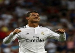 رونالدو يحافظ على لقب أفضل لاعب بالعالم في استفتاء عربي