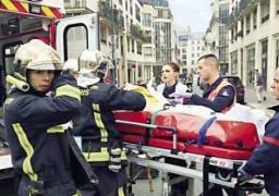 وفاة شرطية وإصابة آخر في إطلاق النار قرب باريس