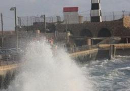 استمرار إغلاق بوغازي الإسكندرية والدخيلة ودمياط لسوء الأحوال الجوية