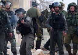 """الاحتلال الإسرائيلي يقمع المسيرة السلمية الأسبوعية أمام """"بيت البركة"""""""