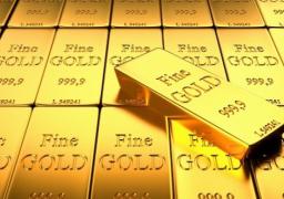 الذهب يرتفع مع زيادة أسعار النفط ونزول الدولار