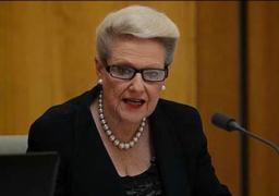 طائرات خاصة وسيارات فارهة.. استقالة رئيسة البرلمان الأسترالي بسبب فضيحة حول نفقاتها