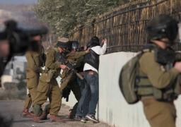 تواصل الاشتباكات بالقدس.. واعتقال فلسطينيين ببيت لحم