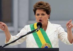 المحكمة العليا بالبرازيل تعلق اعمال اللجنة البرلمانية المكلفة باقالة روسيف