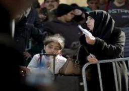 البيت الأبيض يتوقع استقبال أمريكا المزيد من اللاجئين السوريين هذا العام