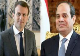 الرئيس السيسي ونظيره الفرنسي يبحثان هاتفيا سبل التعاون المشترك إزاء أزمة فيروس كورونا
