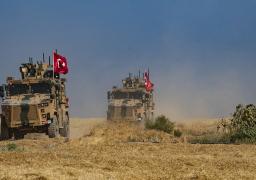 قتلى وجرحى خلال احتجاجات على دخول دورية تركية شرق رأس العين
