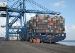 ميناء دمياط: جاري إصلاح التلفيات بالرصيف رقم 1