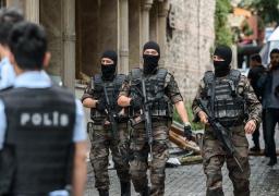 تركيا تأمر باعتقال 228 للاشتباه في صلاتهم بجولن