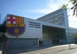 برشلونة يرفض اللعب خلف الأبواب المغلقة