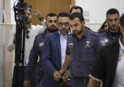 قوات الاحتلال الإسرائيلي تعتقل محافظ القدس وتواصل اعتقال الأطفال