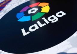 رئيس الوزراء الإسباني يعلن استئناف دوري كرة القدم اعتبارا من 8 يوليو المقبل