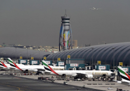 الإمارات : السفر متاح للمواطنين والمقيمين وفقا للاشتراطات الصحية