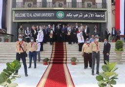 وزير التعليم العالي يشيد بجهود مؤسسة الأزهر الشريف