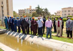وزير الرى يستقبل نائب رئيس جنوب السودان فى رحلة نيلية
